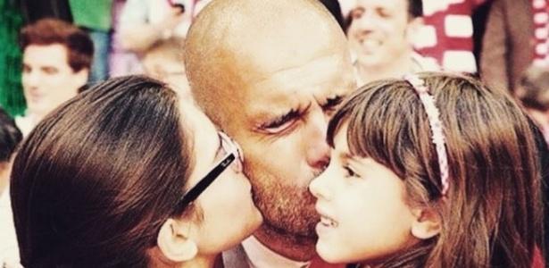 Pep Guardiola e suas filhas - Reprodução/Instagram