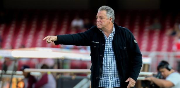 Abel Braga fechou contrato para comandar o Flamengo na gestão de Rodolfo Landim - LUCAS MERÇON / FLUMINENSE F.C.