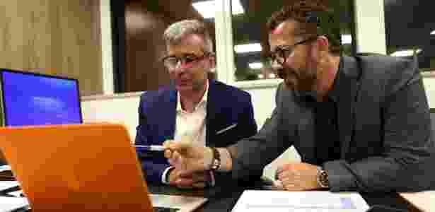 Fábio Mahseredjian (à esquerda) e Cleber Xavier (à direita) trabalham para a seleção - Divulgação/CBF