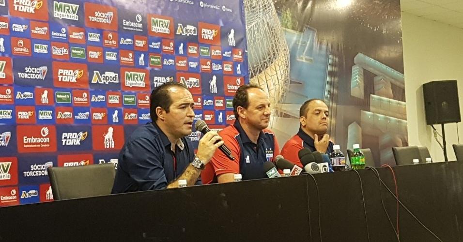 Fortaleza apresenta o técnico Rogério Ceni