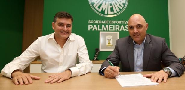 Presidente do Palmeiras, Mauricio Galiotte, assina acordo com a Puma