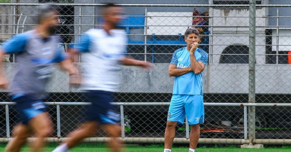 Renato torce por renovação de Tite e descarta seleção: