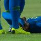 """Neymar se manifesta e tranquiliza após lesão: """"Acho que não foi nada grave"""""""