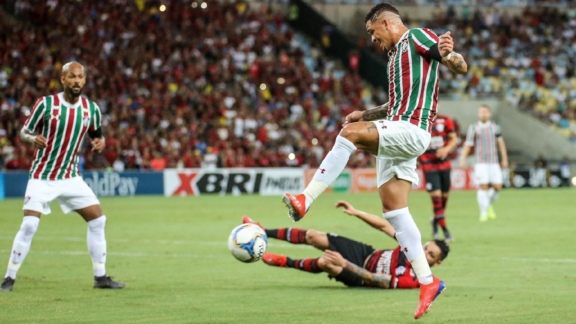 ee530b750caf2 Fluminense marca nos acréscimos