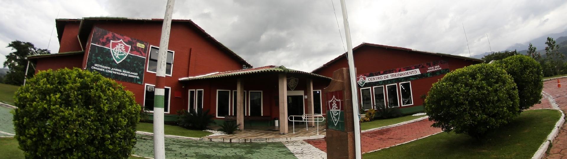 Fachada do CT de Xerém, utilizado pela base do Fluminense
