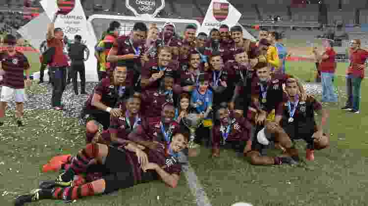 Título do Flamengo na Taça Rio beneficiou o Flu, que acabou eliminado pelo próprio Fla na semifinal - Thiago Ribeiro/AGIF