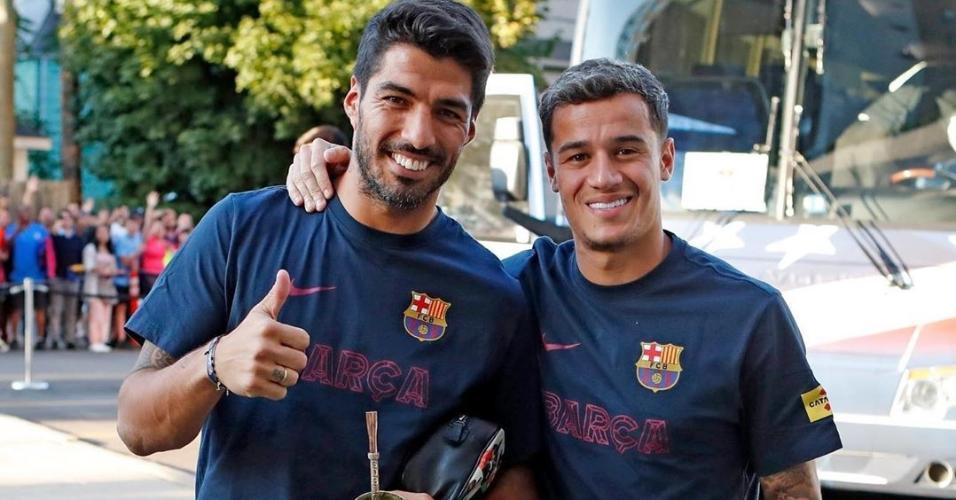 Suárez posta foto com Coutinho e chama o brasileiro de