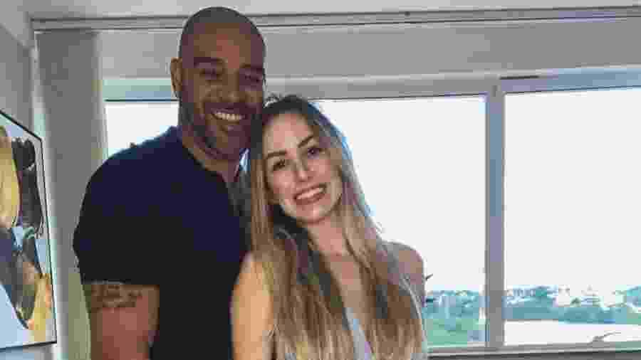 Adriano Imperador e a ex-noiva Victoria Moreira - Reprodução/Instagram