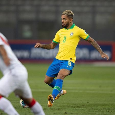 Douglas Luiz, da seleção brasileira, contra o Peru - Lucas Figueiredo/CBF
