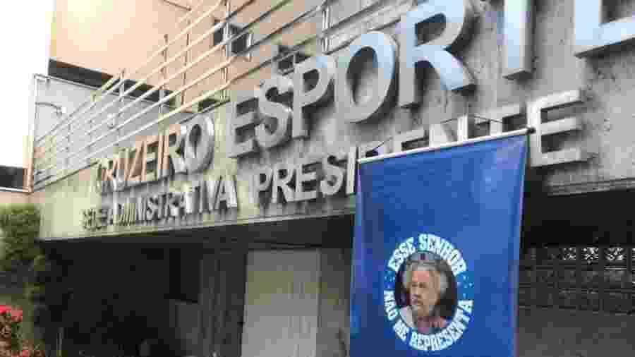 Wagner Pires de Sá, ex-presidente do Cruzeiro, foi denunciado pelo Ministério Público de MG - Guilherme Piu