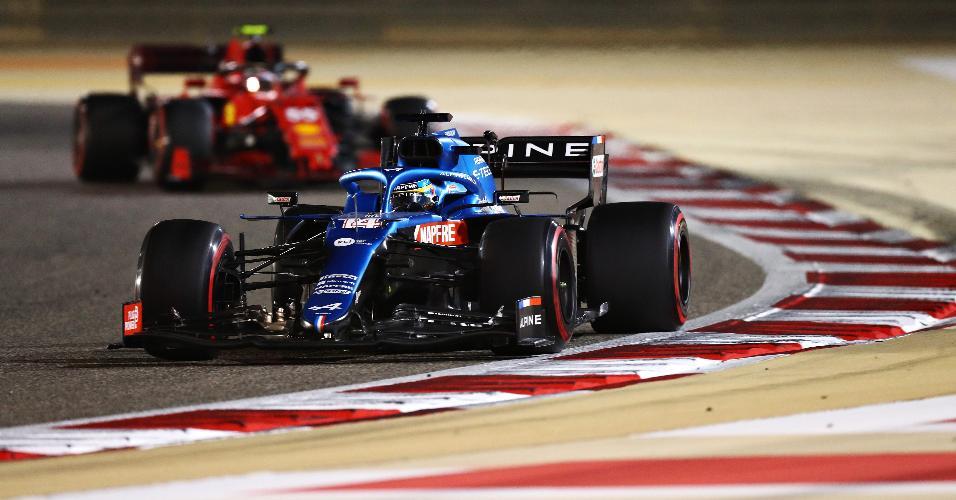 Fernando Alonso fez sua reestreia na Fórmula 1 neste domingo (28)