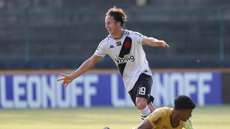 Galarza comemora seu gol sobre o Madureira: paraguaio de 19 anos foi aposta de departamento de análise do Vasco - Rafael Ribeiro / Vasco