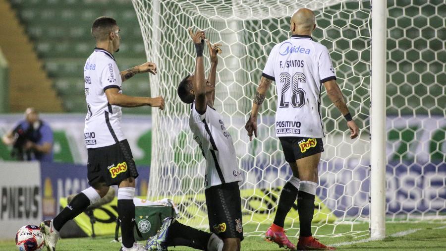 Cauê comemora gol do Corinthians contra o Guarani - Agência Corinthians