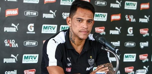 Giovanni Augusto segue neste sábado para São Paulo, para fazer exames e assinar com o Corinthians