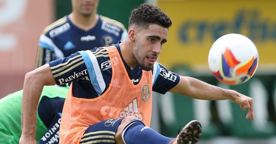 Recuperado de contusão, Gabriel participa de treino do Palmeiras na Academia de Futebol