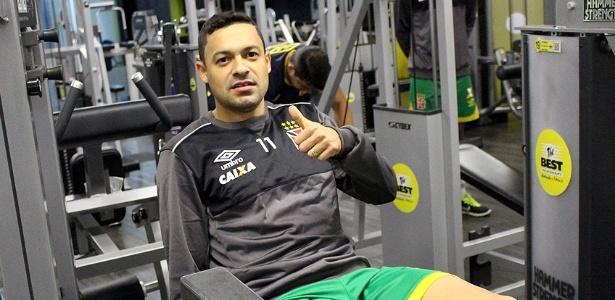 Eder Luis foi comprado em 2012 e o Vasco ainda não tinha pago o Benfica
