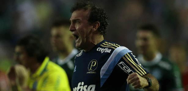 Cuca pode escalar equipe mista contra o Grêmio dependendo de avaliação física