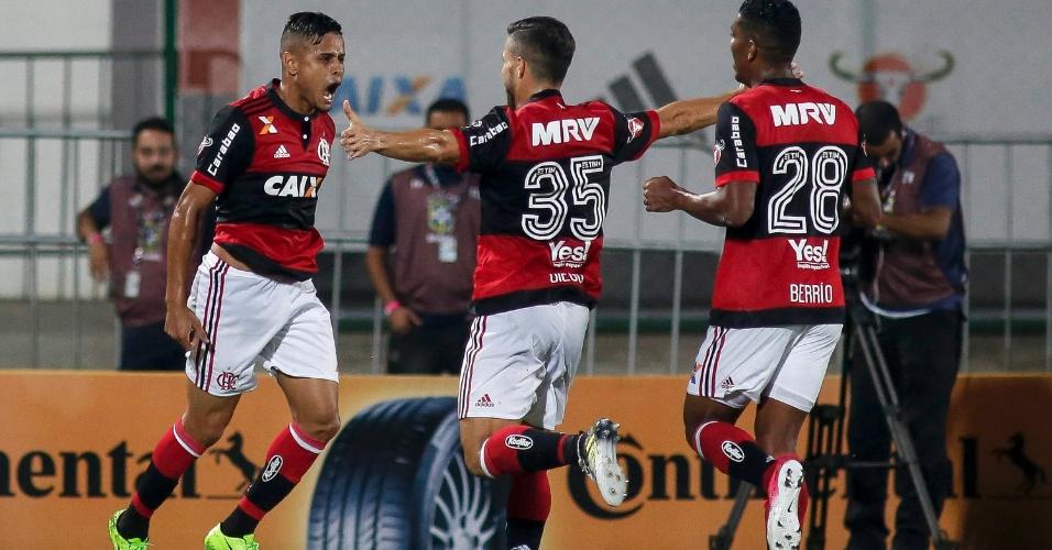 Éverton abriu o placar para o Flamengo contra o Santos na Copa do Brasil