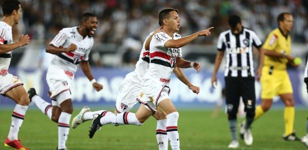 Marcos Guilherme fará sua estreia como titular