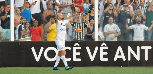Lucas Lima comemora após marcar pelo Santos contra o Corinthians