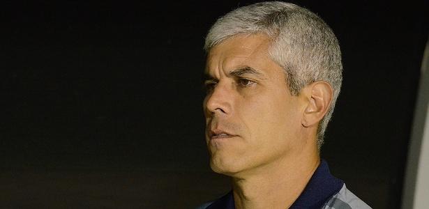 Ricardinho deixou o Londrina após nova derrota