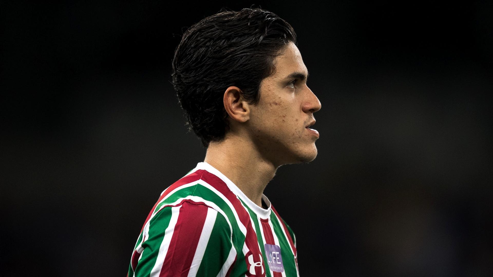 Pedro, atacante do Fluminense, durante jogo contra o Cruzeiro