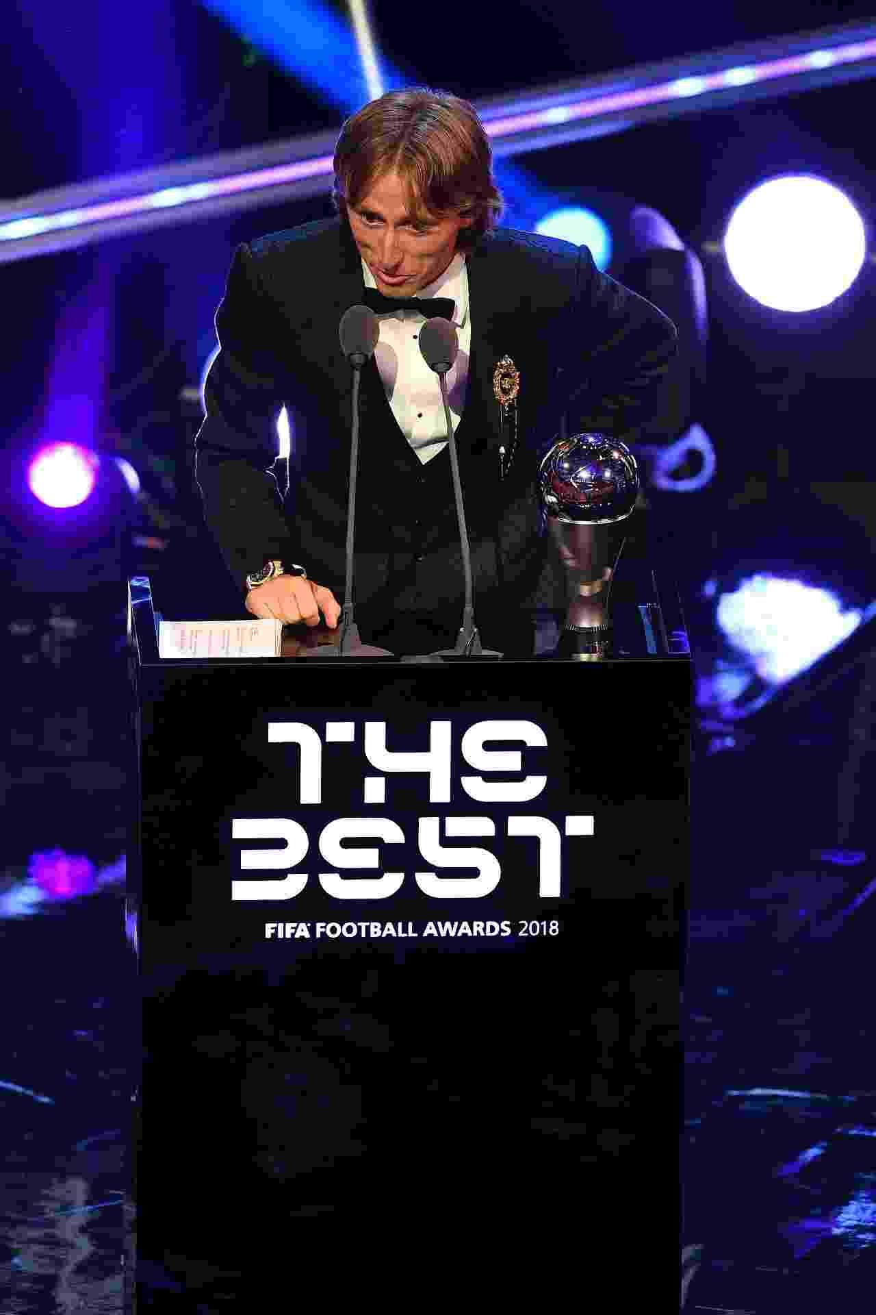 Luka Modric é o melhor jogador do mundo da temporada 2017/18 - Ben STANSALL / AFP