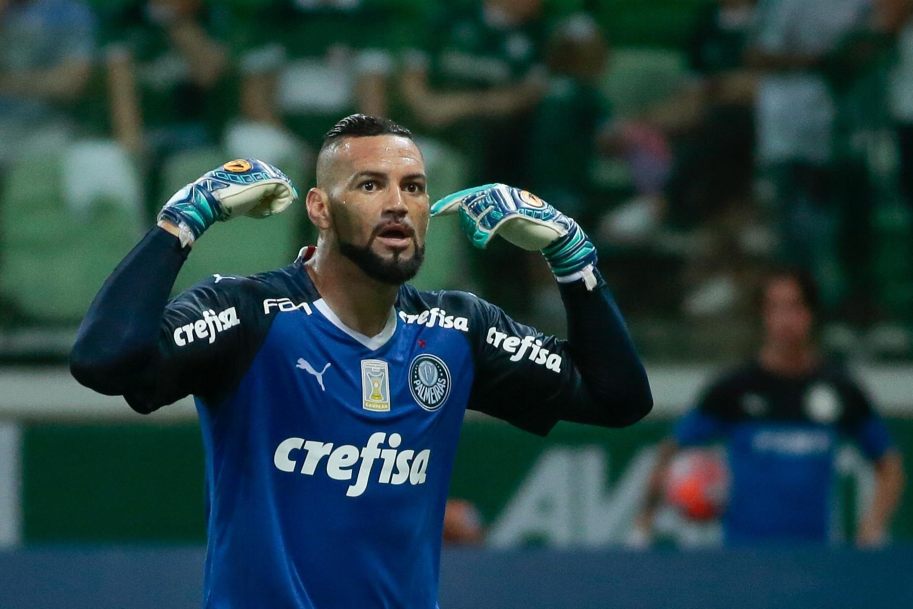 Palmeiras x Santos  Palmeirenses cobram expulsão e santistas pedem pênalti  no Allianz Parque 321f66b37938f