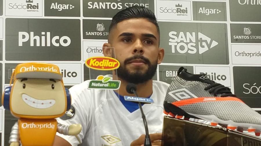 Felipe Jonatan é apresentado como novo reforço do Santos - UOL
