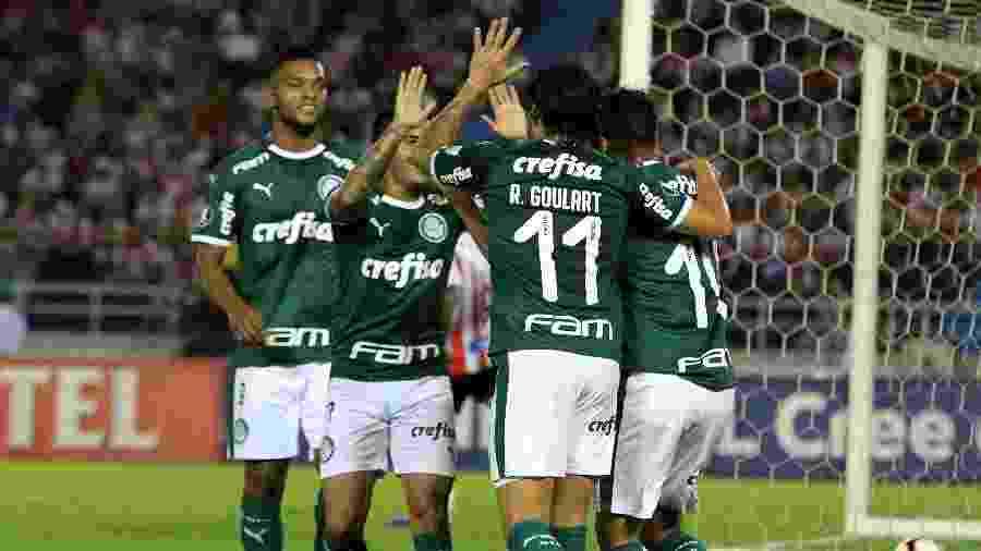 Gustavo Scarpa comemora gol do Palmeiras contra o Junior Barranquilla - Jorge Payares/EFE