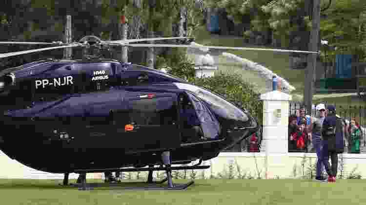 Neymar de helicóptero - Pilar Olivares/EFE - Pilar Olivares/EFE