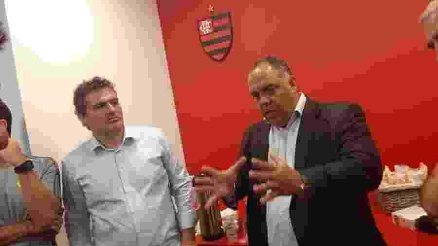 Bruno Spindel, diretor-executivo de Futebol do Flamengo, e Marcos Braz, vice de Futebol do Flamengo, trabalham pela manutenção do grupo - Leo Burlá