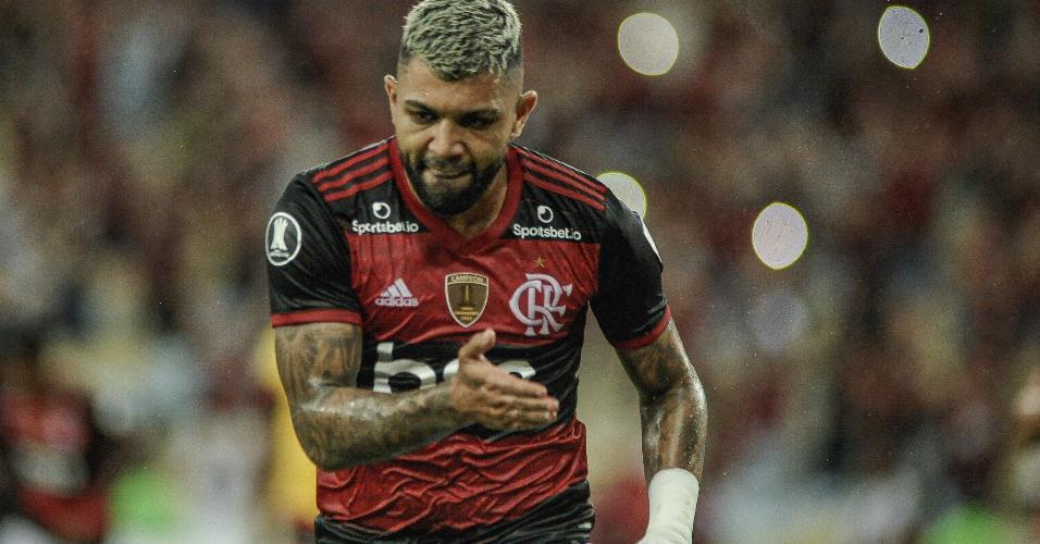 De pênalti, Gabigol faz o segundo do Flamengo contra o Barcelona-EQU pela Libertadores
