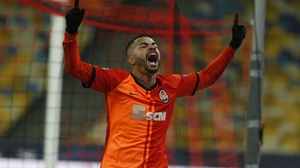 Champions | Com gol de Dentinho, Shakhtar Donetsk vence Real por 2 a 0