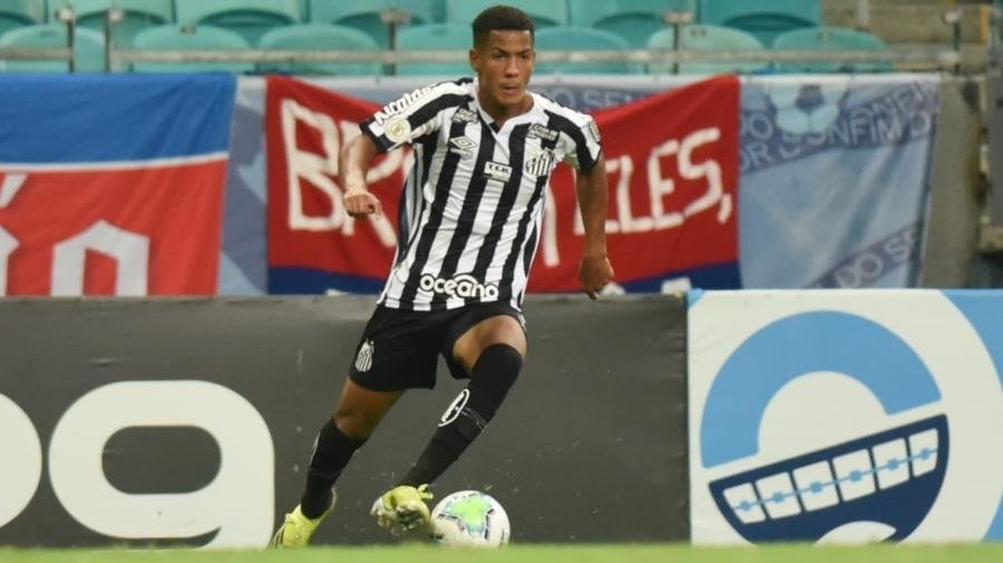 Ângelo atuando pelo Santos  - Ivan Storti