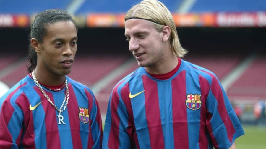 Ronaldinho e Maxi López, dupla marcante na história recente do Barcelona - Divulgação Barcelona