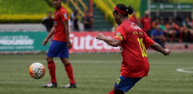 Ronaldinho Gaúcho tem aparecido em diversos eventos comemorativos