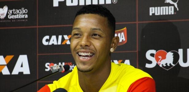 David, atacante do Vitória, está próximo de acordo com o Cruzeiro