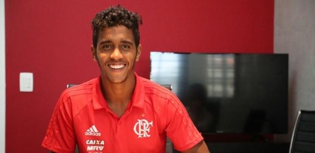 Jogador tinha ampliado vínculo com o Flamengo