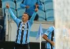 Barrios faz três, Grêmio goleia o Guarani-PAR e encaminha classificação - Ricardo Rímoli/AGIF