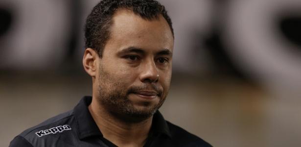Jair Ventura foi cobrado internamente apesar de apoio público de presidente do Santos