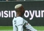 Técnico do Besiktas indica acordo entre Liverpool e Anderson Talisca - Divulgação/Besiktas