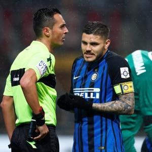 Gol de Icardi foi anulado após VAR ser acionado. Arbitragem na Itália tem sido criticada após adoção do sistema eletrônico no campeonato local