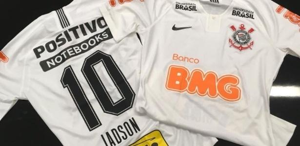 526a4ba9f12ad Corinthians estreia uniforme com três novas marcas na camisa  veja