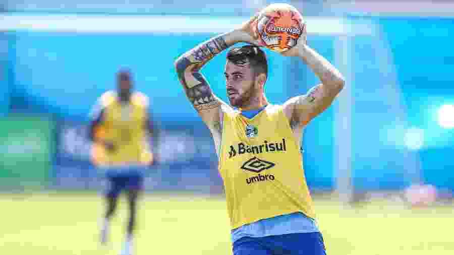 Felipe Vizeu disputa vaga como titular do Grêmio para estreia na Libertadores - Lucas Uebel/Grêmio