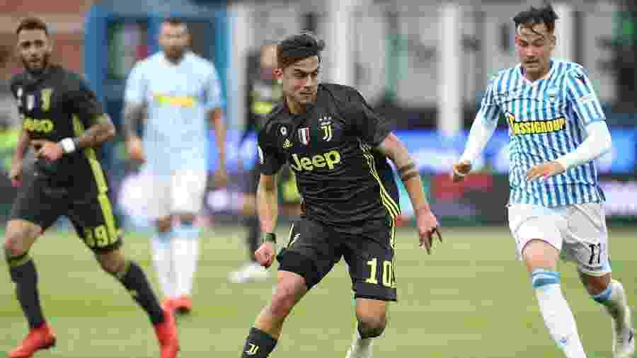 Dybala foi a principal estrela do time italiano, que poupou oito titulares fora de casa hoje - Isabella Bonotto/AFP