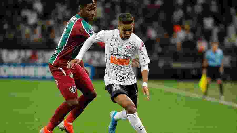 Pedrinho não repetiu o bom desempenho dos últimos jogos pelo Corinthians ontem, contra o Fluminense - Daniel Vorley/AGIF