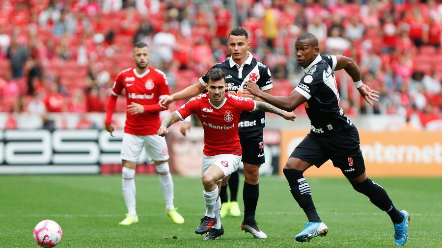 Inter e Vasco jogaram no Beira-Rio em 2019 na reta final do Brasileirão. Deu Vasco, por 1 a 0 (foto) - Jeferson Guareze/AGIF