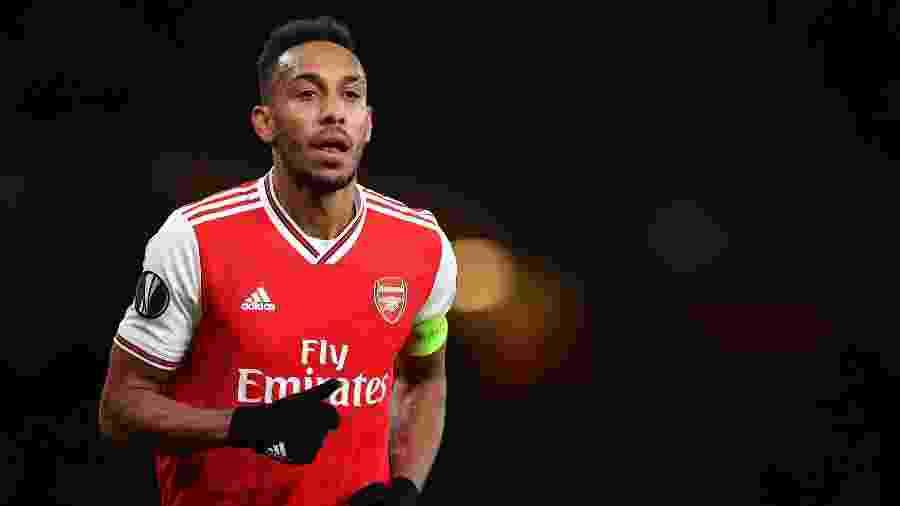Aubameyang desperta interesse do clube francês no mercado da bola - DANIEL LEAL-OLIVAS / AFP