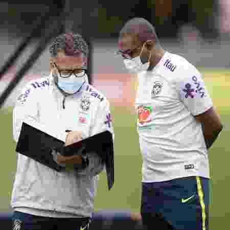 Cleber e Sampaio - Lucas Figueiredo/CBF - Lucas Figueiredo/CBF